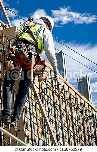 Trabajando en la pared - csp0752379