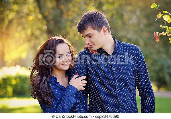 Cierra el retrato de la pareja feliz - csp28478890