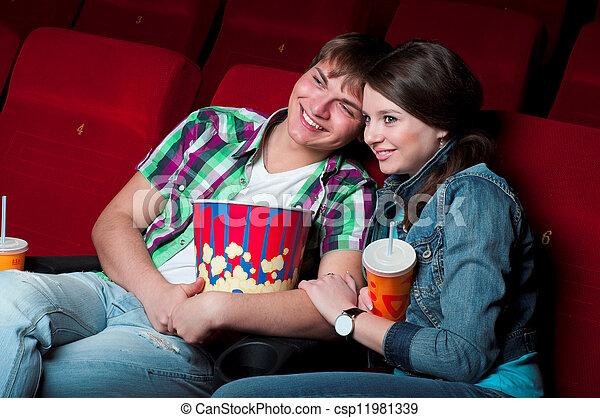 Pareja en el cine - csp11981339