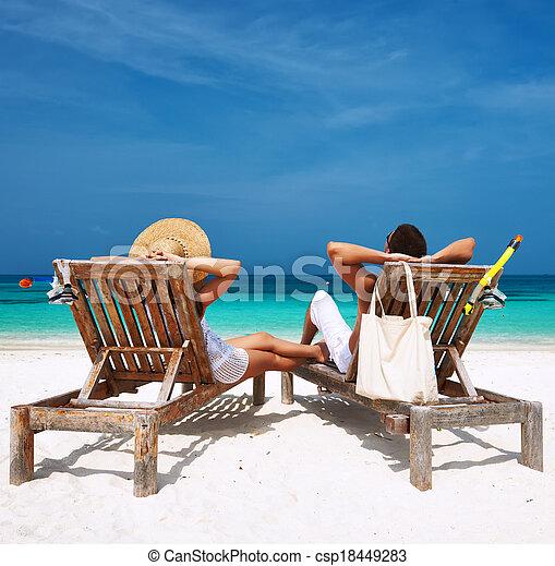 pareja, maldivas, playa, blanco, relajar - csp18449283