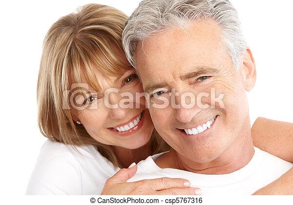 La pareja de ancianos - csp5767316