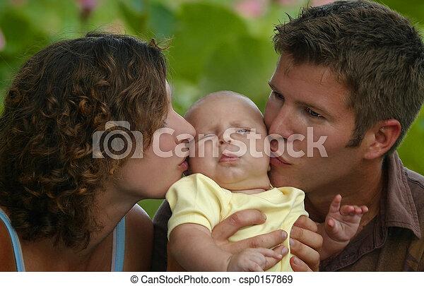 parents with baby - csp0157869