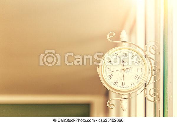 parete, luce giorno, appendere, retro, orologio - csp35402866
