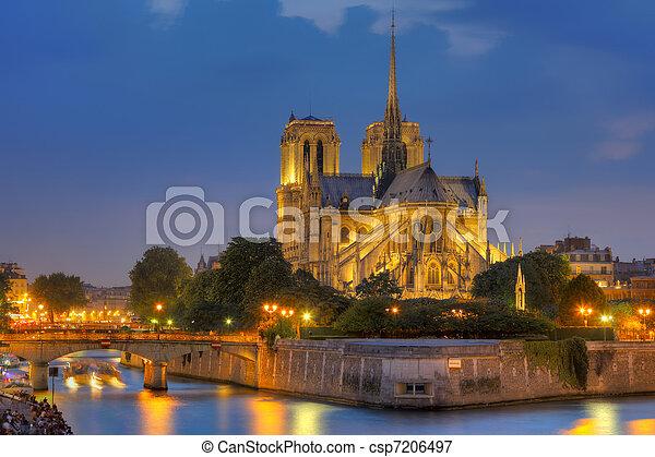 paris, notre, de, dame, nacht - csp7206497
