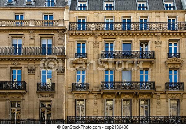 Parisian architecture a parisian apartment building near for Architecture parisienne