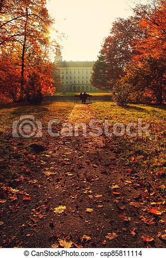 park lavice, část, věž, cesta, řeka, dvojice, -, čelo, podzim - csp85811114