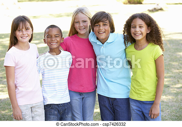 park, spielende , gruppe, kinder, porträt - csp7426332