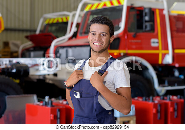 parque de bomberos, bombero, ingeniero - csp82929154