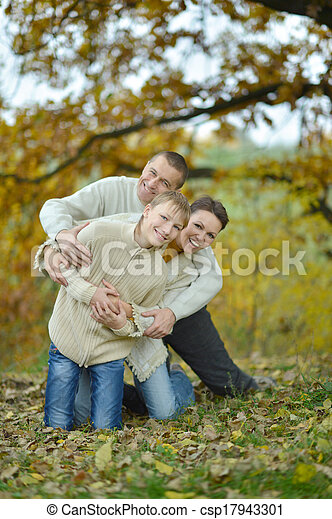 parque, familia , feliz - csp17943301
