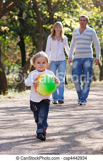 parque, familia , feliz - csp4442934