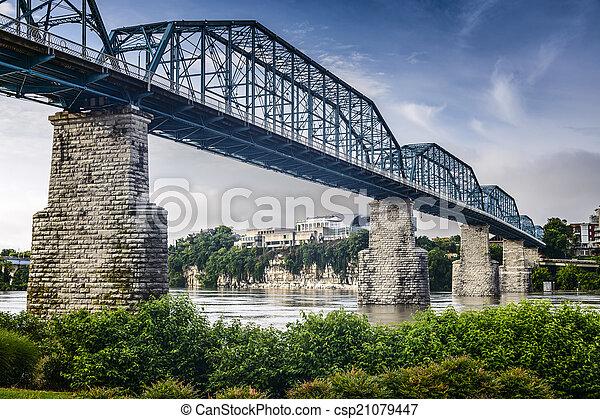 Coolidge Park y el puente de la calle de nueces - csp21079447