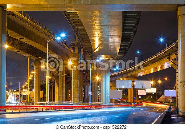 passage supérieur, route ville, nuit - csp15222721