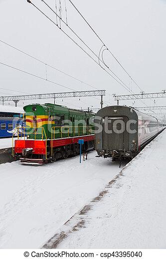 passager, station, train - csp43395040
