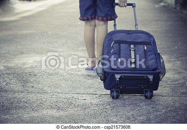 passeggiata, solo, scolara, scuola - csp21573608