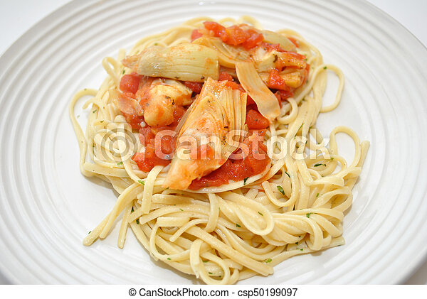Pasta with Artichokes and Tomatoes - csp50199097