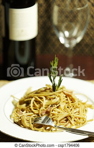 Hora de comer pasta F - csp1794406
