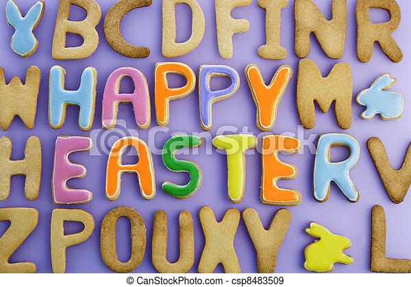 Feliz pastel de Pascua - csp8483509