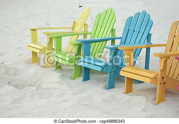 Pastell Verfärbte Adirondak Stühle Hell Sand Weißer Strand