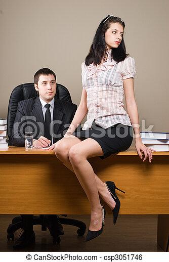 Stock image de patron lui secrtaire womansecretary jeune