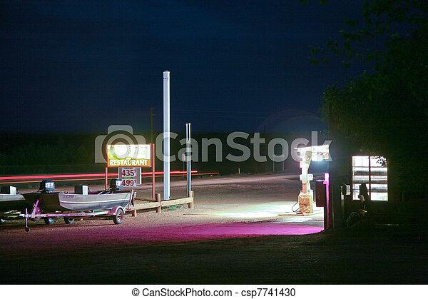 patrouille, nuit, vieux, station - csp7741430