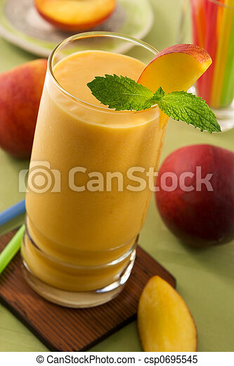 Peach smoothie - csp0695545
