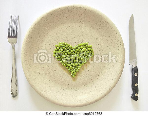 Peas on plate - csp6212768