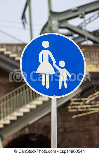 pedestrian walking route sign - csp14960544