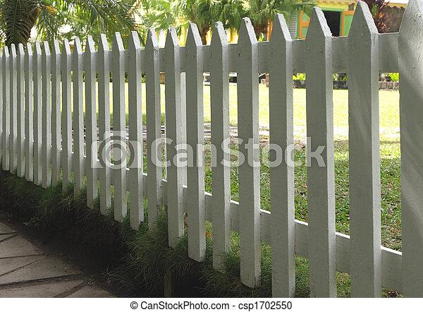 Peint, blanc grillage pieu. Barrière piquet, peint, bois, blanc ...