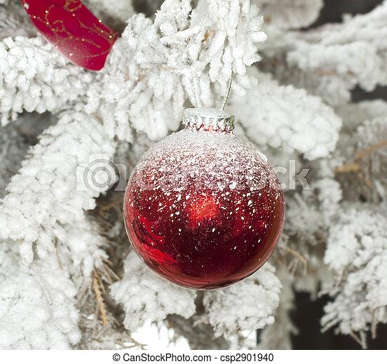 Bola de Navidad - csp2901940