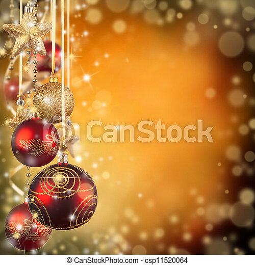 Tema navideño con bolas de cristal rojo y espacio libre para el texto - csp11520064