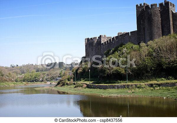pembroke, 城堡 - csp8437556