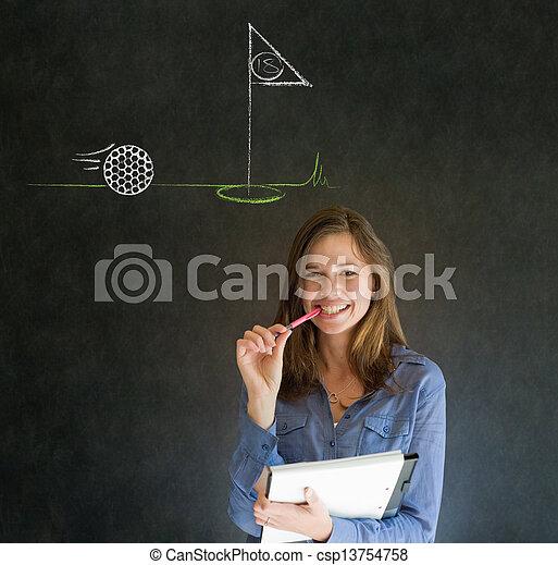 Mujer pensando en el fondo de la pizarra de golf - csp13754758