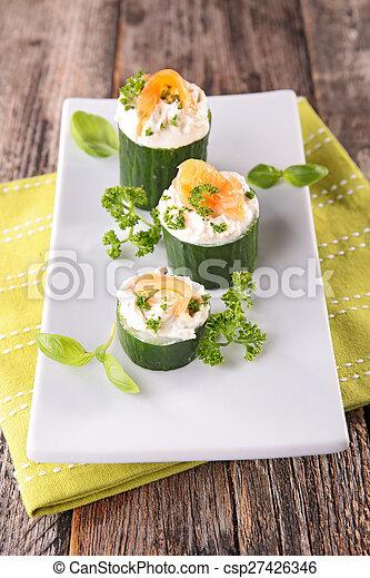pepino, salmão, aperitivo - csp27426346