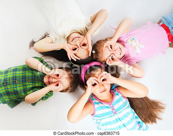 pequeño, niños - csp6363715