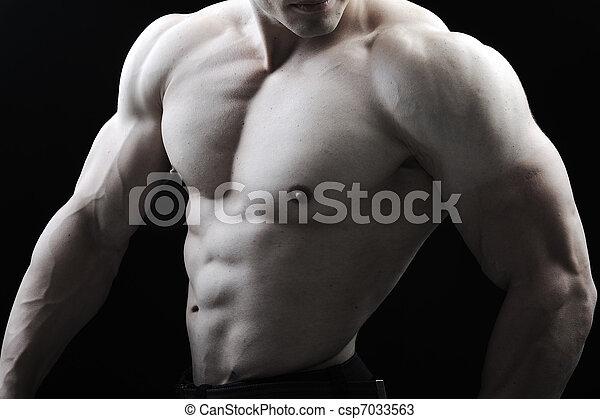 perfekt, koerper, ehrfurchtgebietend, -, bodybuilder, posierend, mann - csp7033563
