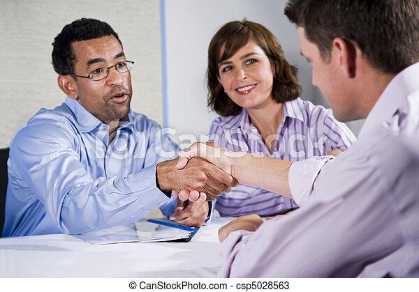 persone, uomini, tre, tremante, mani affari, riunione - csp5028563