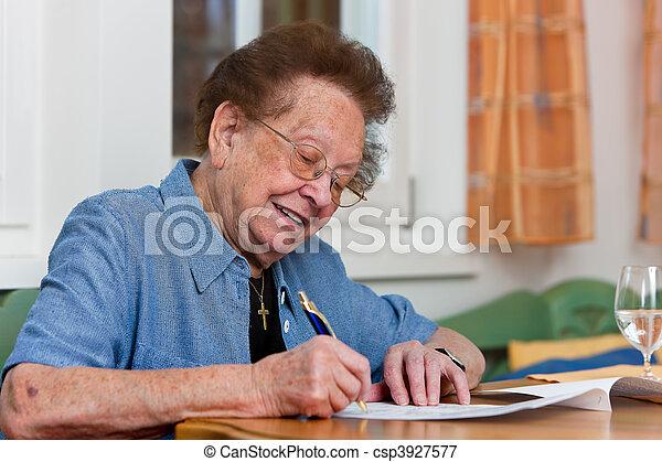personne agee, écrit, lettre, citoyen - csp3927577