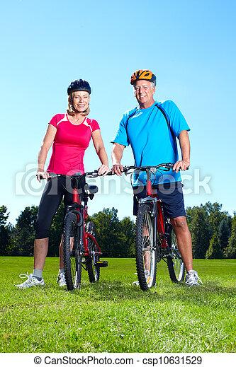 personne agee, cyclist., couple, heureux - csp10631529