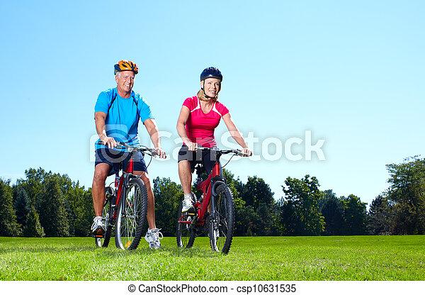personne agee, cyclist., couple, heureux - csp10631535