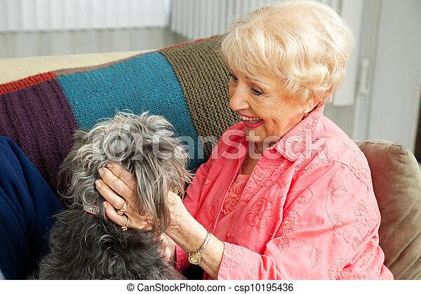 personne agee, dame, amours, elle, chien - csp10195436