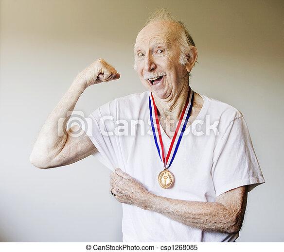 personne agee, gagnant, médaille, citoyen - csp1268085