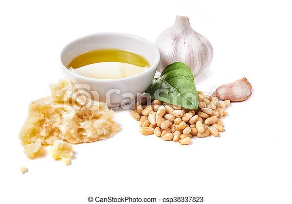 Ingredientes para el pesto - csp38337823