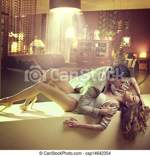 petit ami, femme, étreindre, elle, magnifique - csp14642354