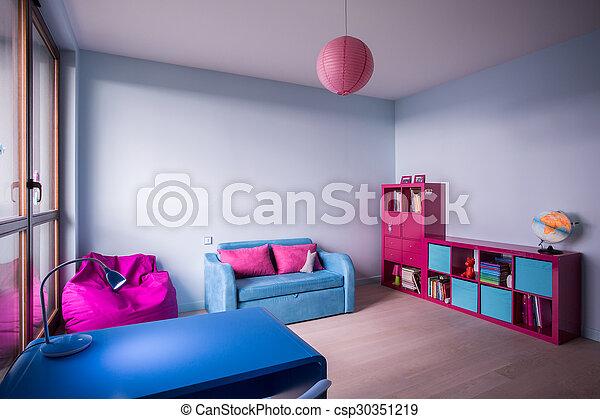 petite fille, chambre à coucher