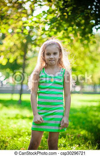 petite fille, joli - csp30296721