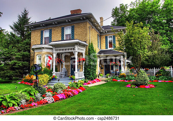 petite maison victorien canada style jardin goderich photographie de stock rechercher. Black Bedroom Furniture Sets. Home Design Ideas
