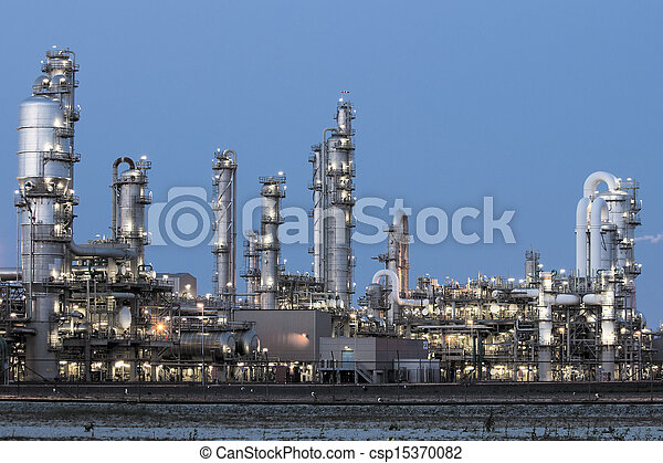 petrochemical industrial plant - csp15370082