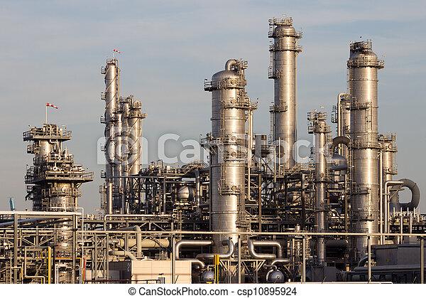 petrochemische installatie, industriebedrijven - csp10895924
