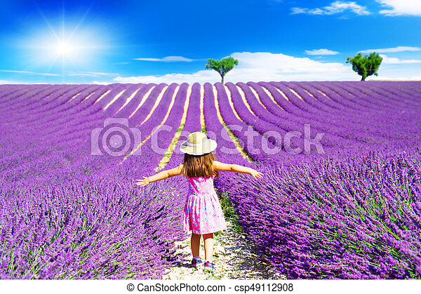 peu, champs, promenades, lavande, entre, girl, provence - csp49112908