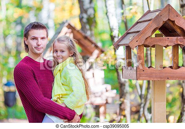 peu, père, parc, automne, dehors, girl, adorable - csp39095005